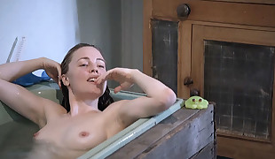 Melissa George Nude Cupcakes In The Slap ScandalPlanetCom