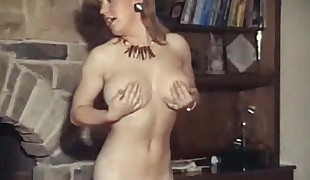 HEY YA - vintage ginger ample bouncy orbs undress dance