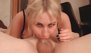 Busty Blonde deepthroat Sixty-nine